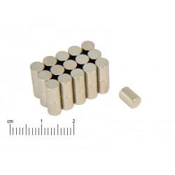 Magnes neodymowy walcowy 4 x 8